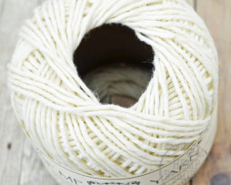 white cotton hemp yarn