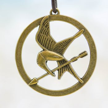 bird with arrow pendants