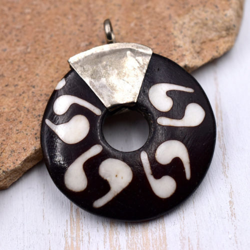 Bone  Pendant, Donut , 1pc, 35mm, Batik Bone Beads,  Donut Pendant, Carved Bone Pendants - P70