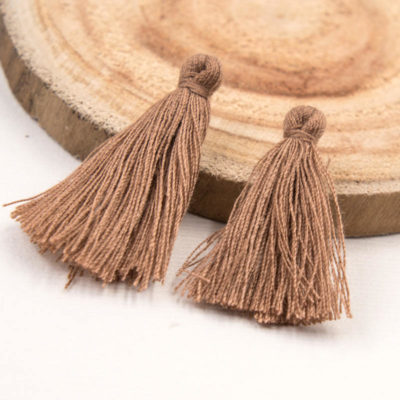 Jewelry Tassels, 30pcs,   1-11/4 Inch, Short   Tassels, Brown