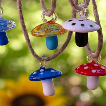 Glass Mushroom Pendants, 5pcs, 25mm,  Lampwork  Pendant, Toadstool -P382