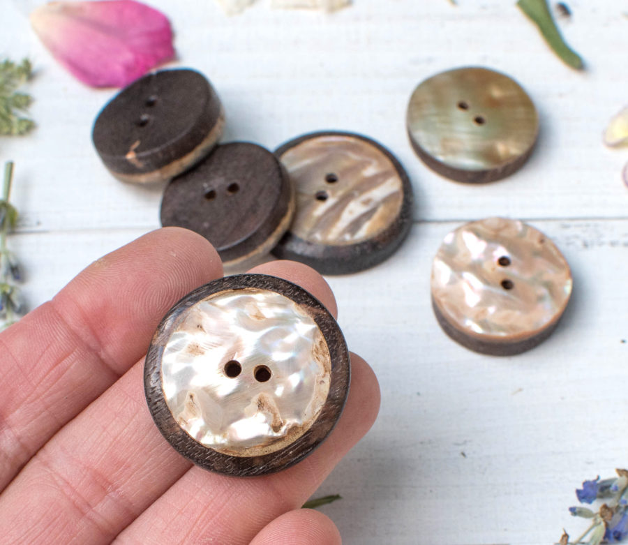 Wood Shell Buttons, 6 pcs, Mixed Shape,  Wood  Button, Wood Badge, Bag  Buttons -BN114