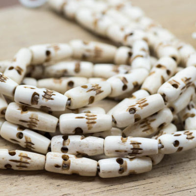 Bone  Beads Skull, Cowbone Beads, 3/4 Inch, 20pc Strand,   Hand Carved -Bone beads -BN118