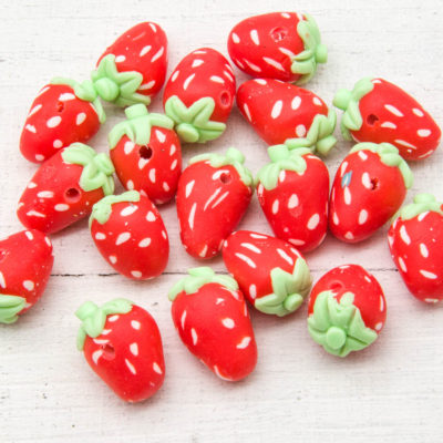 Strawberry Beads, 10pcs, 18x13mm, Focal Beads, Polymer Clay, Fruit Beads -B1107