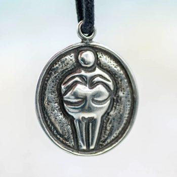 godess pendant