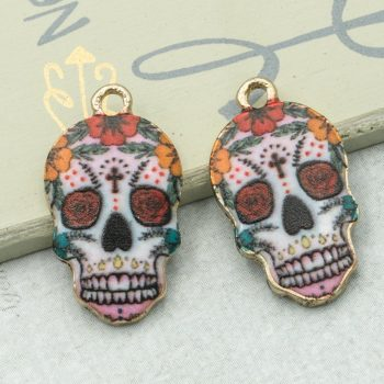 Skull Pendant, Halloween Charm, 18x13mm,  Skull With Flower  -C1090