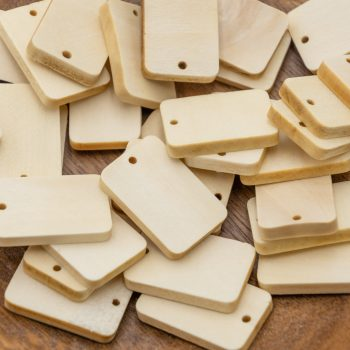 Rectangle Wood Pendants, 30x20x5mm, 20 pieces, 1mm hole, natural wood  -B2671
