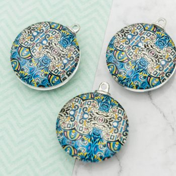 3 Round Glass  Pendants,   30mm,  mandala pattern -C1156