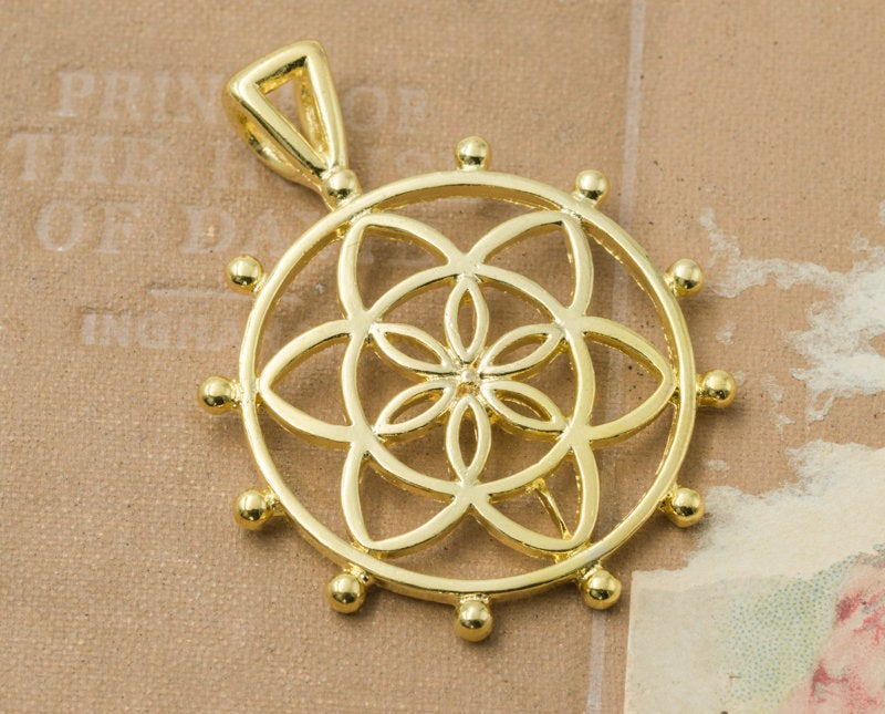 3 Flower Of Life Pendants,   Gold Tone Metal charms, jewelry findings   -C815