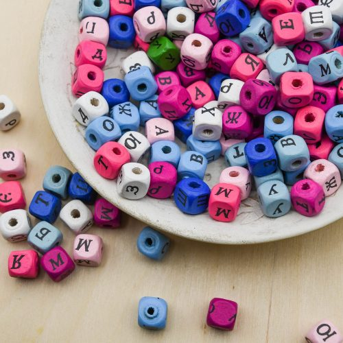 50 Colored Wood   Beads 10mm,  cube,  letter beads, name bracelets    -B3127